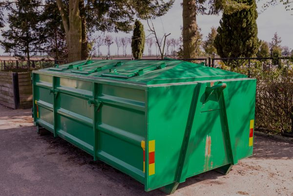 Green roll off container